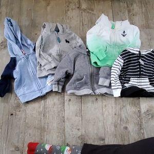 Set of 5 newborn zip hoodies